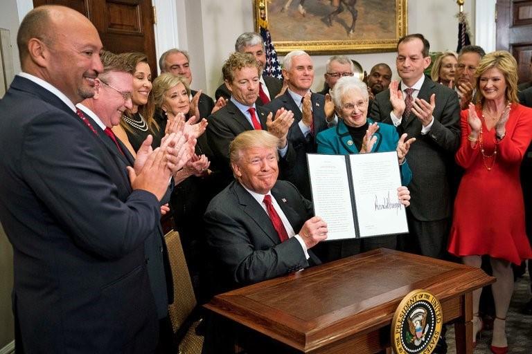 trump signs order